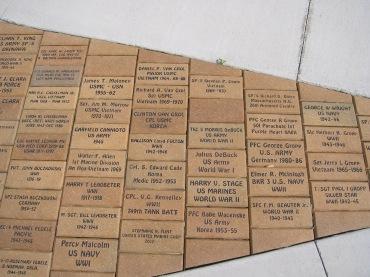 Bricks009